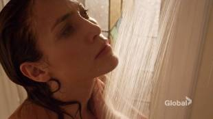 Jennifer Lopez hot some sex - Shades of Blue (2017) s2e2 HDTV 720