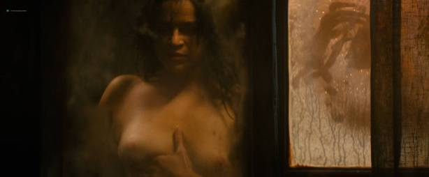 Michelle Rodriguez nude full frontal Caitlin Gerard nude and Lia Lam hot - The Assignment (2016) HD 1080p (16)