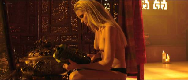Petra Silander nude topless, other's nude butt - Virtual Revolution (2016) HD 1080p (3)