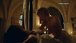 Anna Brewster nude full frontal Hannah Arterton nude sex – Versailles (2017) s2e2-7-9-10 HDTV 1080p (3)