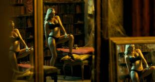 Carolina Bang hot lingerie Macarena Gómez nude butt - Las brujas de Zugarramurd (ES-2016) HD 1080p BluRay (4)