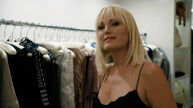 Malin Akerman hot in lingerie other oral and topless - Billions (2017) s2e7 HDTV 720p (5)