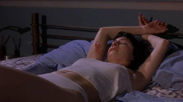 Penélope Cruz nude topless and sex Najwa Nimri hot - Abre los ojos (ES-1997) HD 720p Web (3)