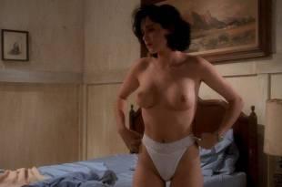 Charlie Spradling nude topless Elizabeth Maclellan hot – Puppet Master II (1990) HD 1080p BluRay