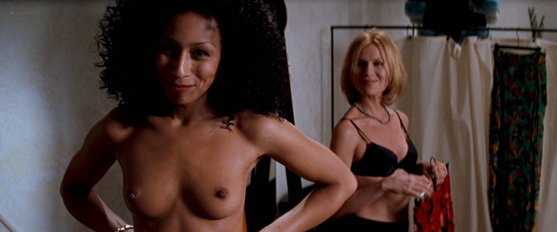 Charlize Theron nude full frontal Connie Nielsen nude bush - The Devil's Advocate (1997) HD 1080p BluRay (16)