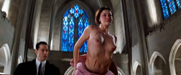 Charlize Theron nude full frontal Connie Nielsen nude bush - The Devil's Advocate (1997) HD 1080p BluRay (7)