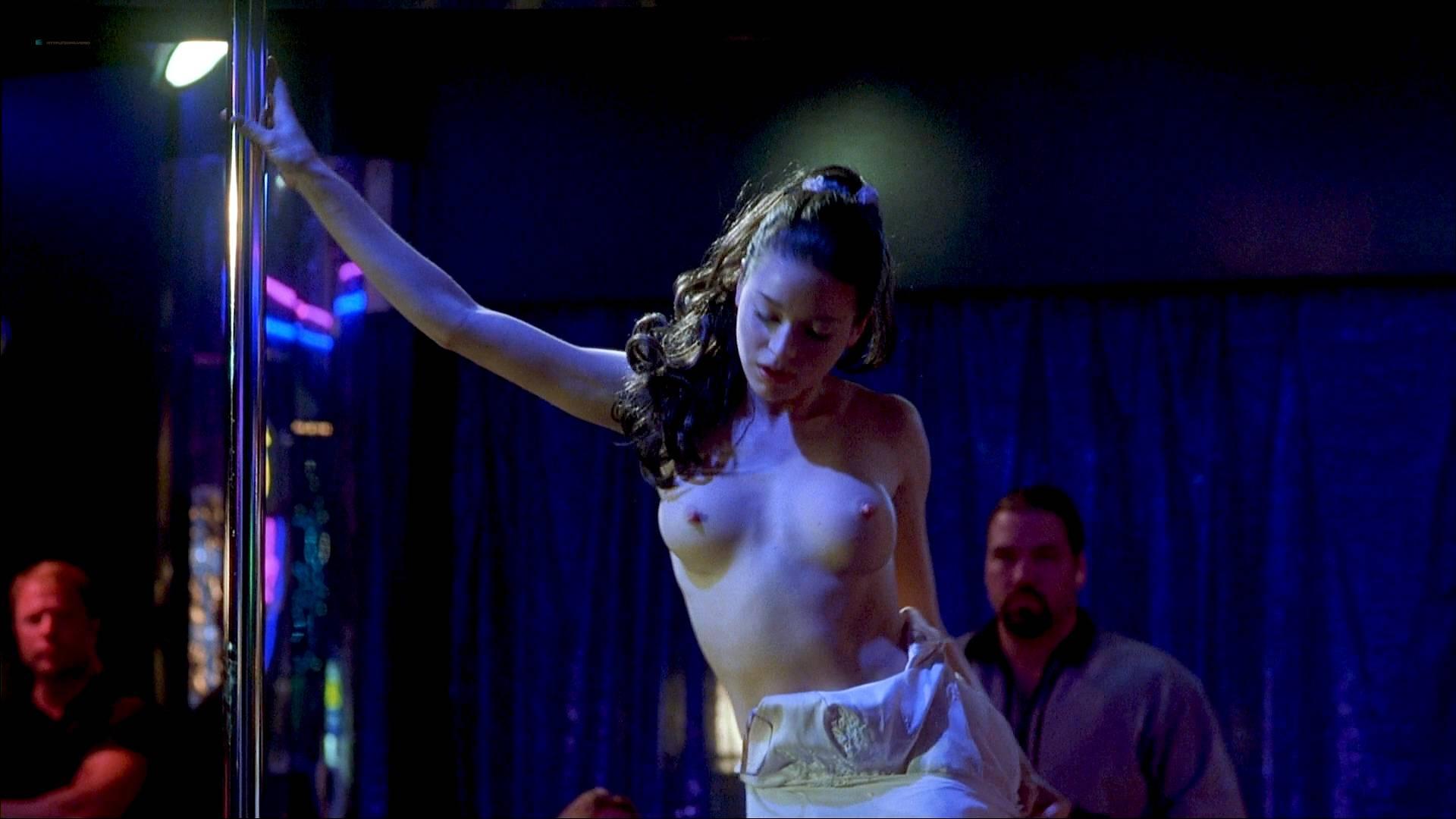 Olivia Bellafontaine  nackt