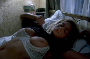 Erika Eleniak nude topless and sex very hot – Chasers (1994) HD 1080p Web
