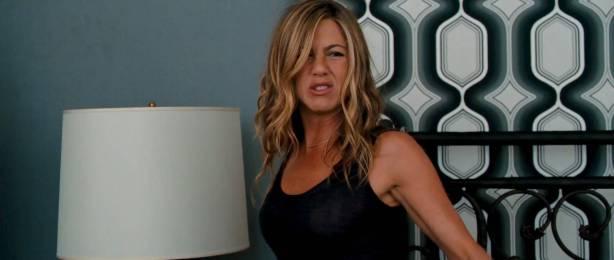 Jennifer Aniston hot and sexy - The Bounty Hunter (2010) HD 1080p BluRay (7)