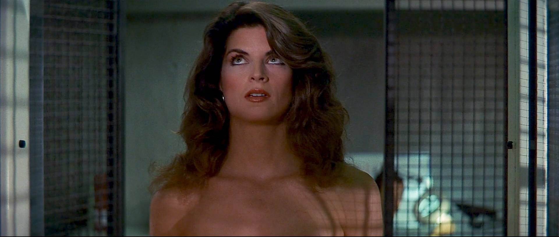 Kirstie Alley Hot And Cec Verrell Nude Topless - Runaway -8334