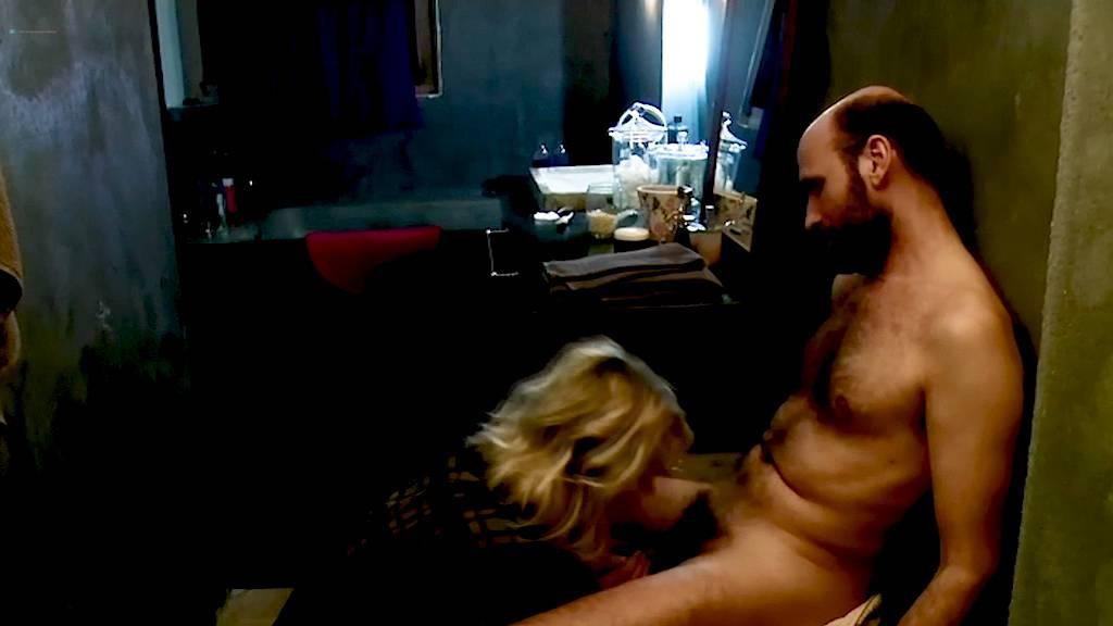 Leïla Denio nude Valérie Maës nude and explicit blow job and sex - Chroniques sexuelles d'une famille d'aujourd'hui (2012) (2)