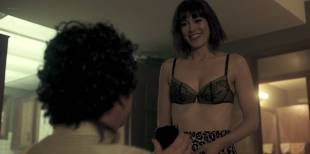 Mary Elizabeth Winstead hot and sexy in bra and some sex - Fargo (2017) s3e5 HD 720p