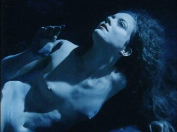 Saskia Brandauer nude full frontal Rubecca Mohamed and Sharon Robinson nude - Axel (CA-1988) (4)