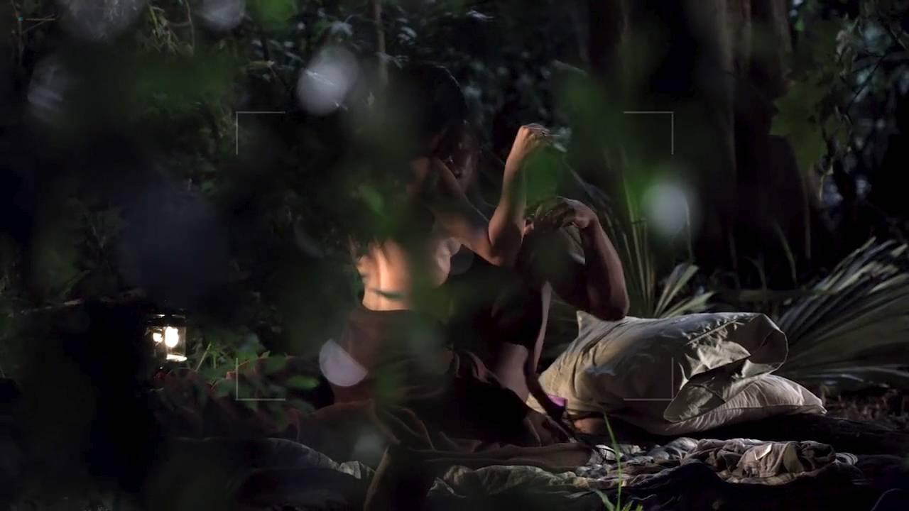 Serinda Swan hot Amanda Fuller, Lauren Schneider Jennifer Lynn Warren nude – Creature (2011) HD 720p (2)