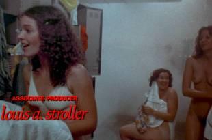 Sissy Spacek nude Nancy Allen, Amy Irving, Cindy Daly nude too –  Carrie (1976) HD 1080p