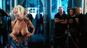 Jenny McCarthy nude topless - Dirty Love (2005) HD 720p WEB (8)