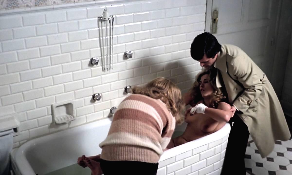 Mariana Karr nude full frontal Sandra Alberti nude sex - Escalofrío (ES-1978) HD 720p (2)