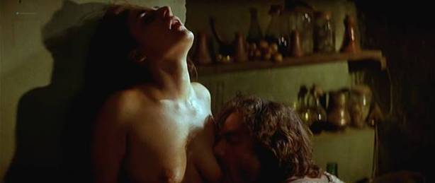Maribel Verdú nude bush Candela Peña nude sex Penelope Cruz hot - La Celestina (ES-1996) (18)
