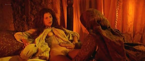 Maribel Verdú nude bush Candela Peña nude sex Penelope Cruz hot - La Celestina (ES-1996) (13)