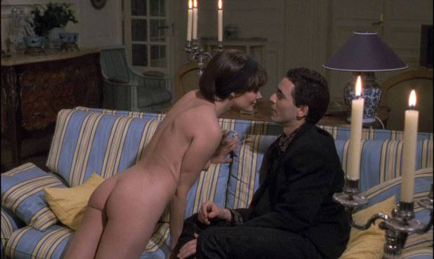 Marie Trintignant nude full frontal - Betty (FR-1992) HD 1080p BluRay (9)