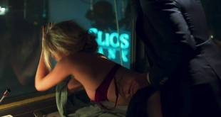 Nora Arnezeder nude side boob and sex doggy style Roxane Duran nude butt - Riviera (2017) S1 HDTV 1080p (17)