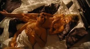 Sharon Stone nude topless Sofía Vergara hot and sexy – Fading Gigolo (2013) HD 1080p BluRay