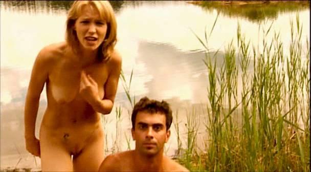 Veronika Bellová nude full frontal Zita Moravkova and many other's nude bush, butt - Expulsion from Paradise (CZ-2001) (7)
