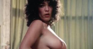 Liëla Koguchi nude butt bush other's nude - De mantel der Liefde (NL-1978) (14)