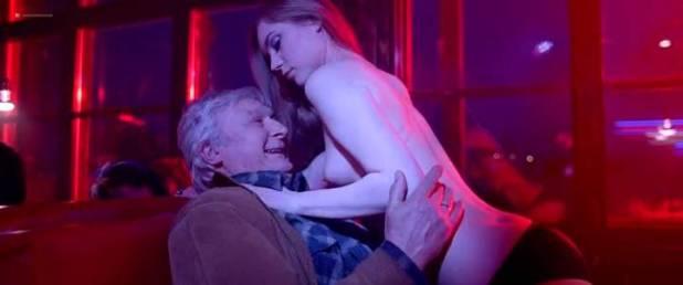 Malgorzata Krukowska nude topless Katarzyna Paskuda nude - Hel (PL-2016) (3)