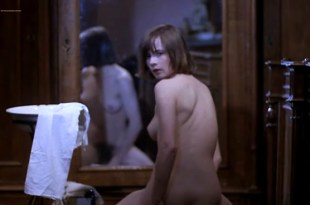 Leonora Fani nude full frontal and sex – Pensione Paura (IT-1977)