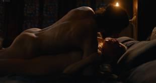 Emilia Clarke nude nip slip in brief sex scene - Game of Thrones (2017) s7e7 HD 1080p (5)