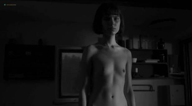 Michalina Olszanska nude lesbian sex Marika Soposká nude bush - Já, Olga Hepnarová (CZ-2016) (7)