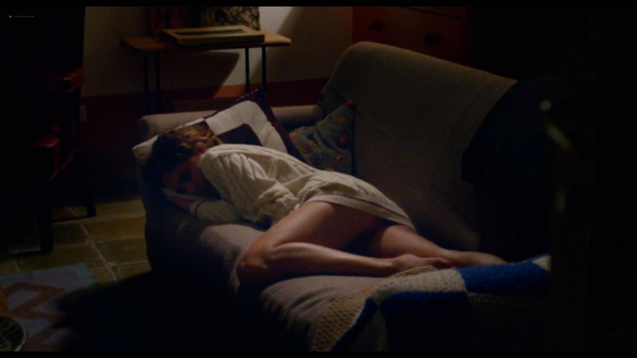 Ondina Quadri nude full frontal and sex Valentina Carnelutti nude - Arianna (IT-2015) HD 1080p Web (15)