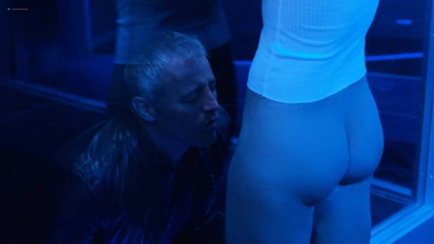 Sarah Armstrong nude butt, wet and see through - Episodes (2017) s5e1 HD 1080p (2)