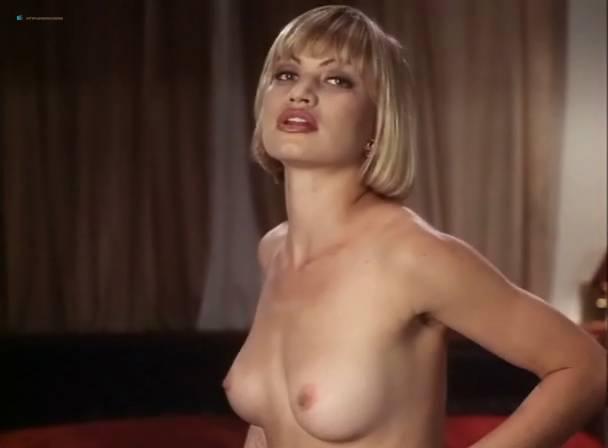 Athena Massey nude sex threesome Rena Riffel, Lisa Ann, Elena Olanson all nude too - Undercover (1995) (11)