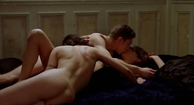 Clara Choveaux nude full frontal - Tiresia (FR-PT-2003) (3)