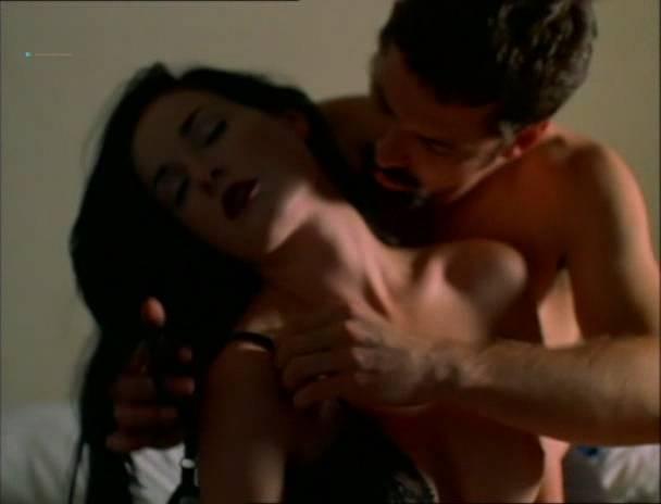 Nackt  de Dita Leon Angellica Bell