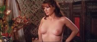 Edwige Fenech nude topless - Taxi Girl (IT-1977)