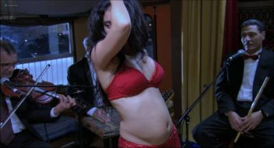 Hafsia Herzi hot and sexy as belly dancer - La graine et le mulet (FR-2007) HD 1080p (7)
