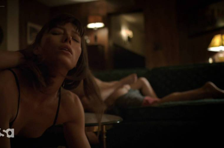 Jessica Biel sex doggy style Nadia Alexander sex too – The Sinner (2017)  S01E07