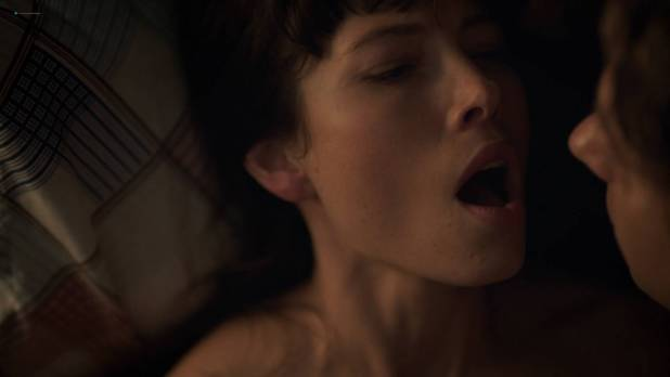 Jessica Biel side boob and hot - The Sinner (2017) s1e6 HD 1080p (5)