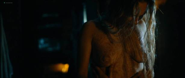 Jessica Madsen nude butt boobs and hot sex - Leatherface (2017) HD 1080p (5)