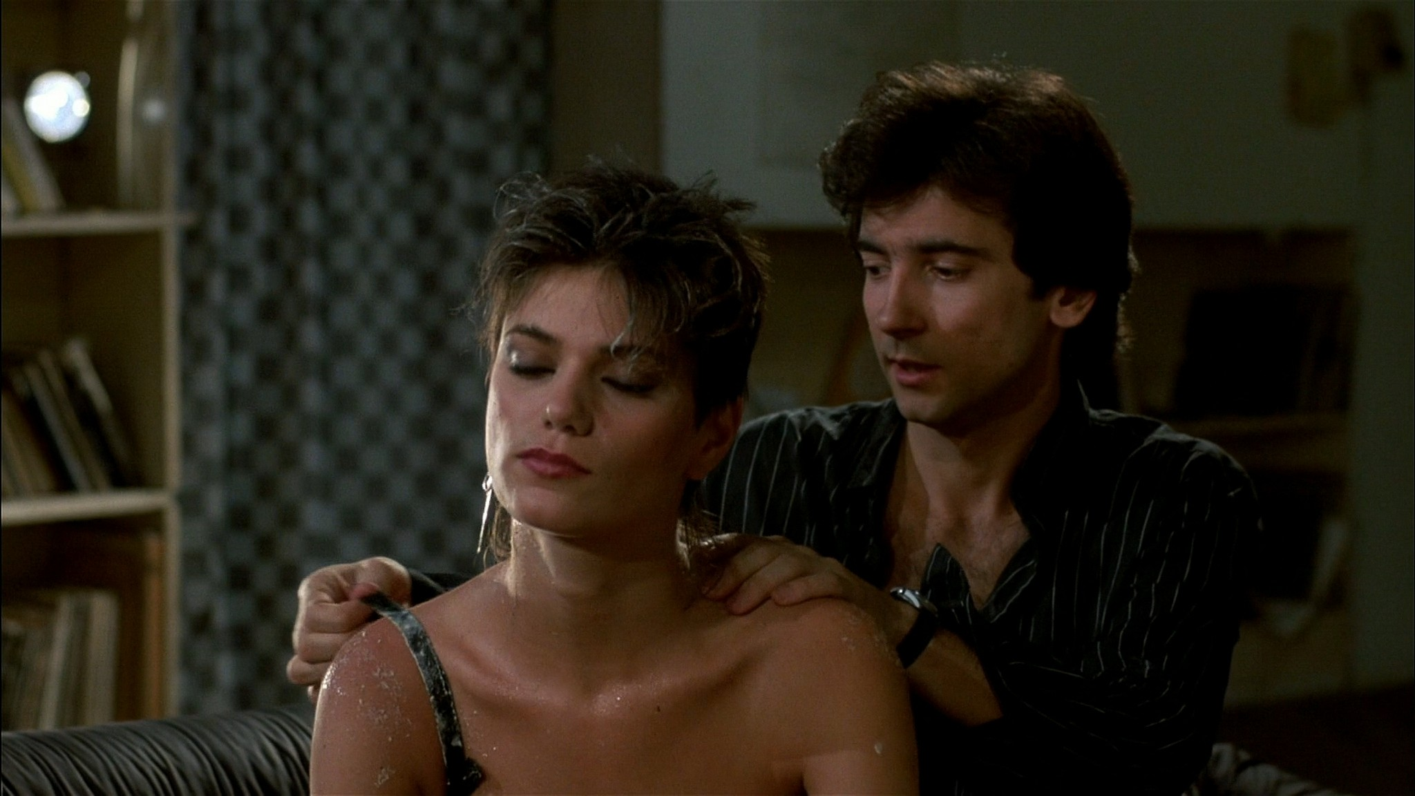 Linda Fiorentino nude Rosanna Arquette hot and sexy - After Hours (1985) HD 1080p BluRay (10)