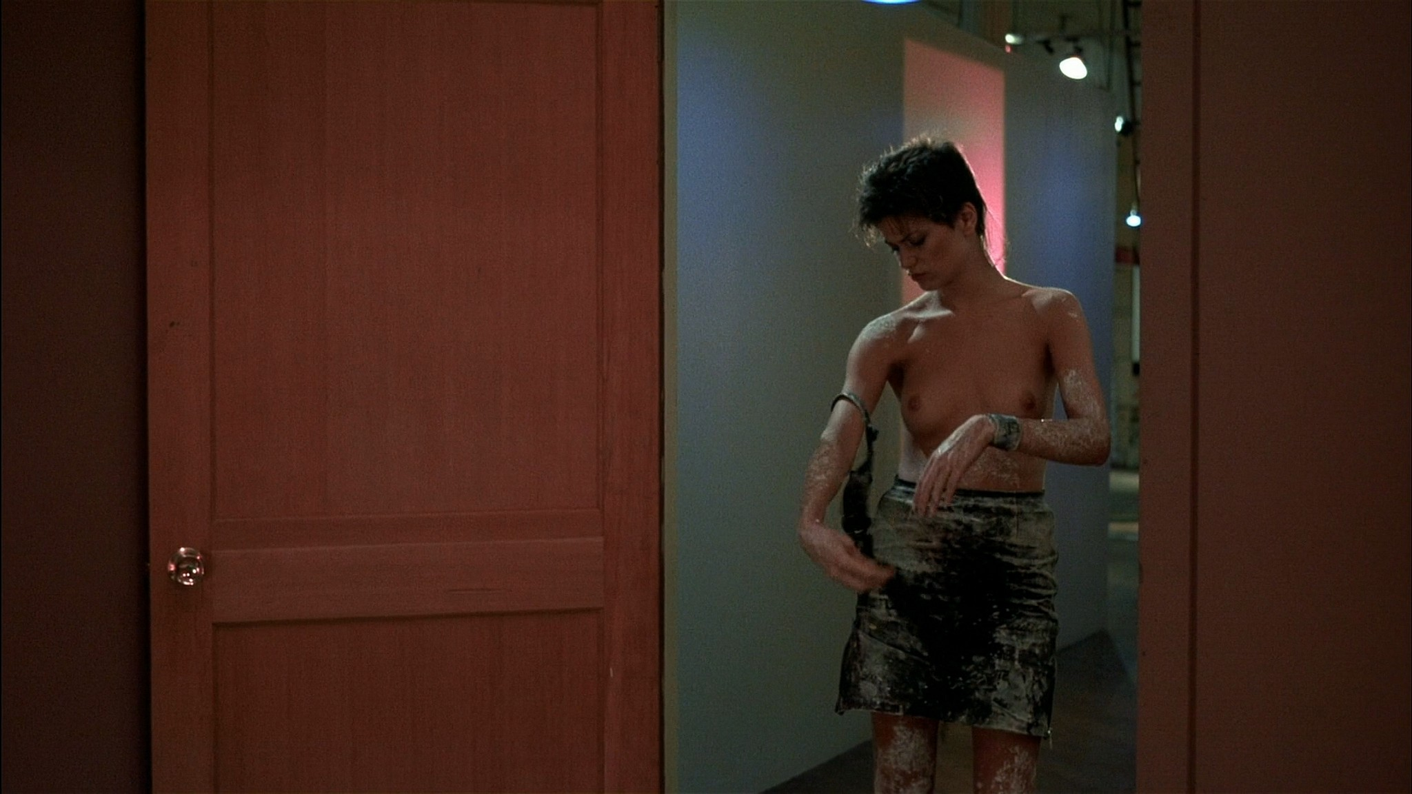 Linda Fiorentino nude Rosanna Arquette hot and sexy - After Hours (1985) HD 1080p BluRay (8)