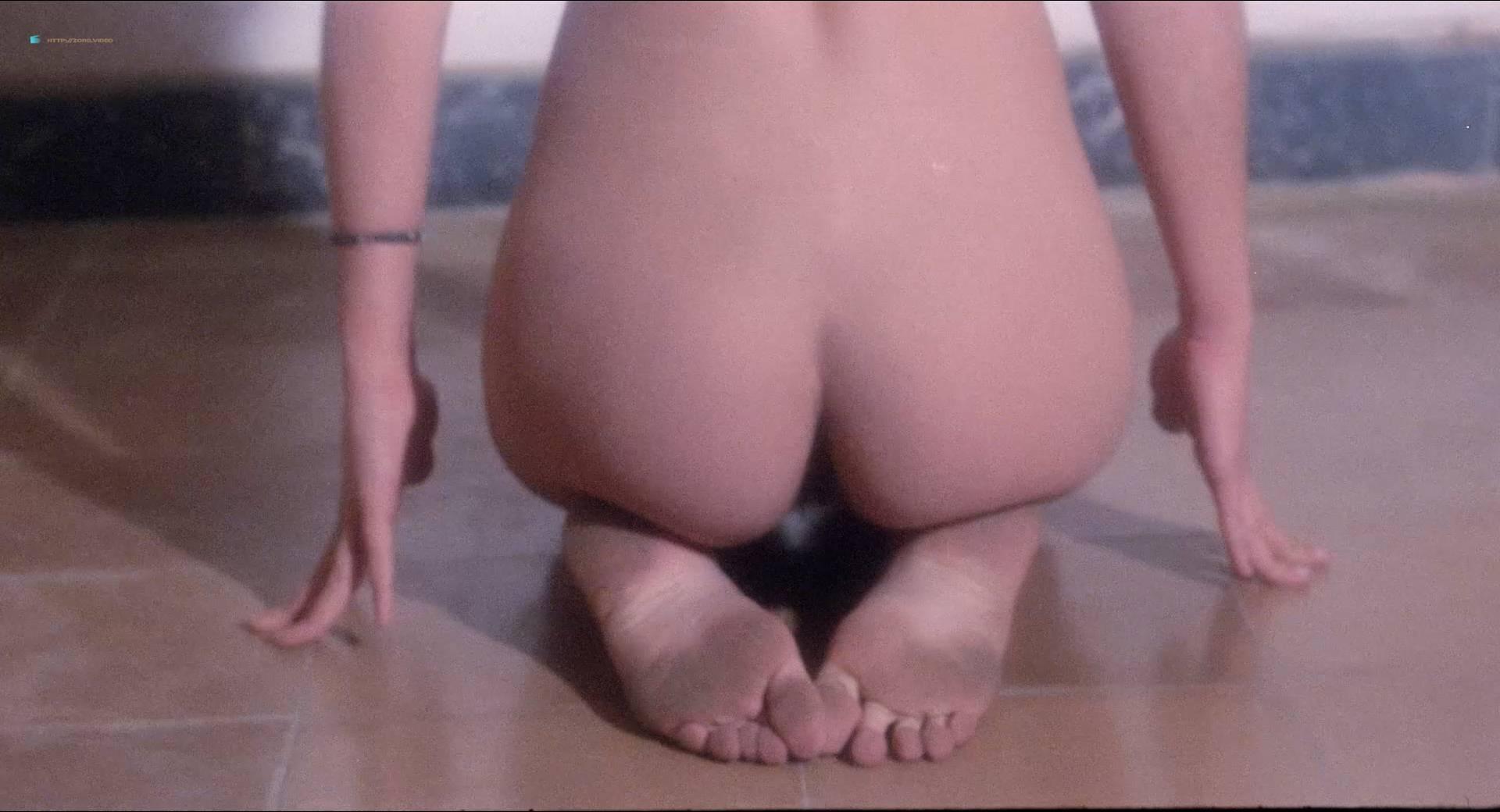Blanca Marsillach nude full frontal Corinne Clery nude - Il miele del diavolo (IT-1986) HD 1080p BluRay (9)