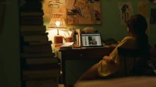 Frankie Shaw nude topless in the tube and Samara Weaving hot pokies - Smilf (2017) s1e1 HD 1080p Web (6)