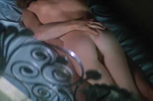 Isabelle Huppert nude butt and boobs – La femme de mon pote (FR-1983) HDTV 720p