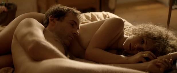 Juno Temple nude butt and hot sex Julia Garner butt and sex - One Percent More Humid (2017) HD 1080p (3)