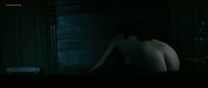 Laurence Leboeuf nude butt topless and sex - Le torrent (FR-2010) (1)