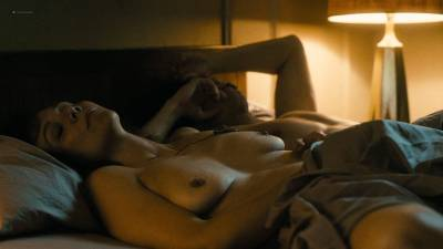 Maggie Gyllenhaal nude topless and sex Kayla Foster and Olivia Luccardi nude too - The Deuce (2017) s1e5 HD 1080p (10)